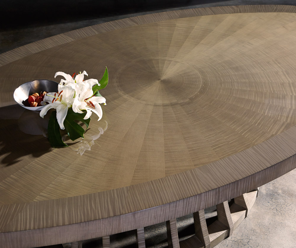 Opera Dining Table - Detail